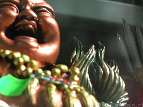 wallpaper: 'Evil Buddha' - Real Spinsels