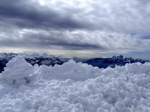 wallpaper: Sneeuw op de Alpen, Zwitserland