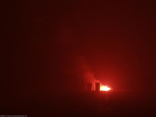 wallpaper: Rode rook en vlammen, Vuur & Vuurwerk