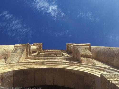 wallpaper: hoofdingang Jerash, Arne's Corner