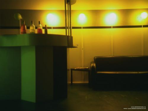 wallpaper: Lounge, Dre's Corner