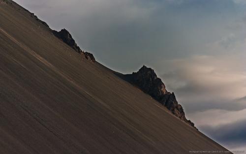 wallpaper: Bergrug, IJsland