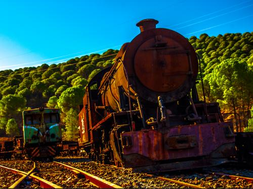 Foto:   Locomotives 204 and 922